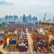 Last month have handled 2.5 million TEUs respectively (-10.5%) and 1.6 million TEUs (-9.6%) Appears unstoppable the decline of the container traffic handled by ports in Singapore and Hong Kong, two primary port calls that pratically since the beginning […]