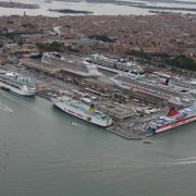 In the third quarter of this year the port of Venice has handled 5.8 million tons of freight, a decrease of -8.7% compared to 6.3 million tons in the period from July to September of 2015. The various goods They […]